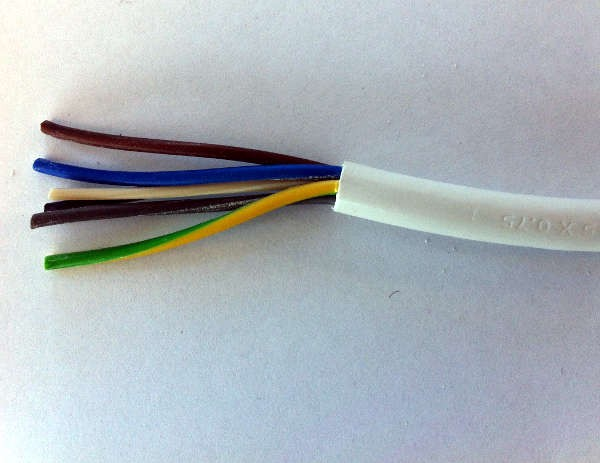 1.5mm² 3095Y 5 Core Heat Resisting PVC Insulated and Sheathed Flexible Cable, White