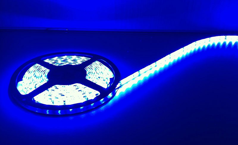 Deltech LST60B 5m Roll Flexi LED Strip 12V 60LED/M 240lm/M IP65 Blue, 4.8W per metre