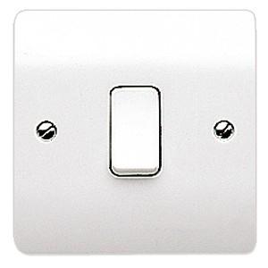 MK Logic K4871WHI 1 Gang 10A 2 Way SP Plate Switch