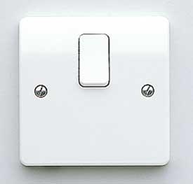 MK Logic K5403WHI 20A Switch, DP c/w Base Flex Outlet