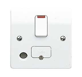 MK Logic K1070WHI Connection Unit, 13A DP Switched Fused c/w Neon & FO