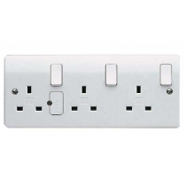 MK Logic K2737WHI 3 Gang 13A Switched DP Dual Earth Socket