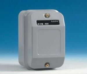 Eaton MEM 228ALCFP Contactor, Starter Enclosed 4P 20A 240V
